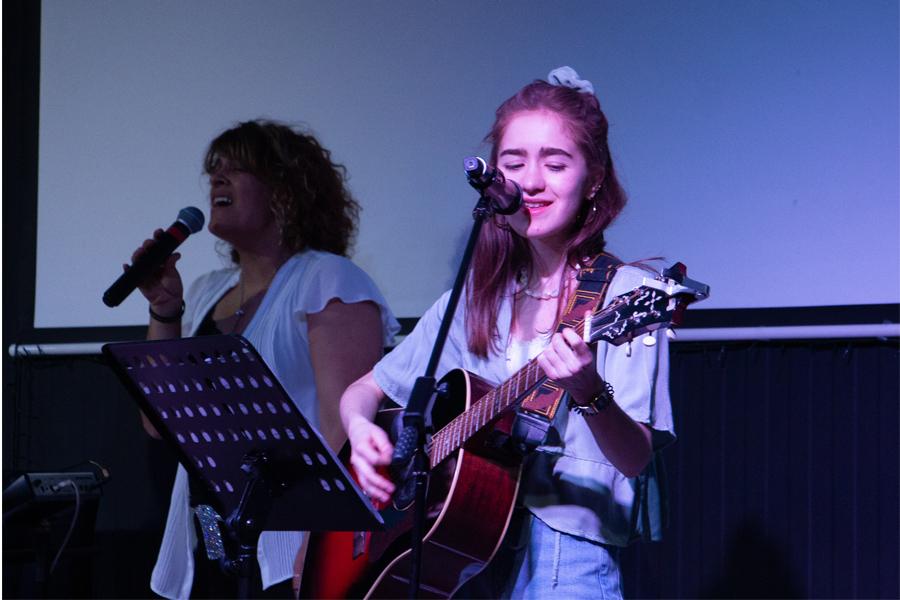 guitare chant Eden et fernanda